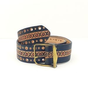 Hand-Stained Belt by Latitan